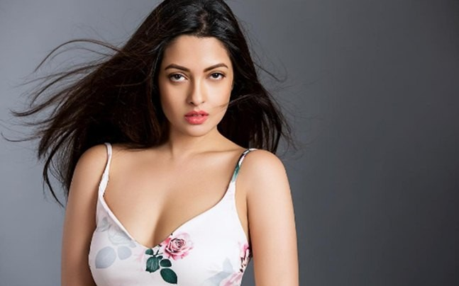 Riya Sen Forcefully Pulls Down
